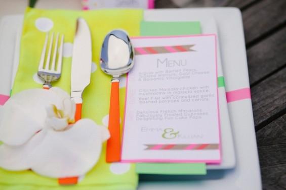800x800_1435983908425-neon-menu